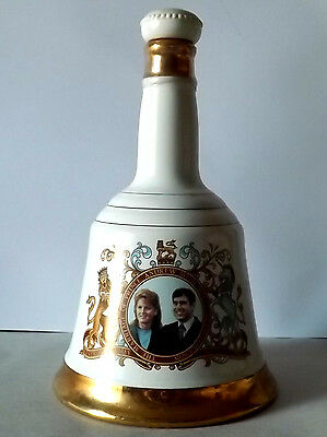 Commemorative wedding bell whiskey bottle Andrew and Fergie (empty)