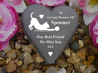 Cat Memorial - Floral Heart (Stone Effect) - Personalised & Weatherproof