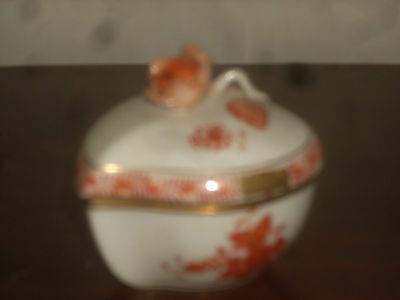 Herend Chinese Bouquet rust hand painted fine china 1- heartbox new