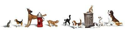 Woodland Scenics A2725 12pc Assorted Dogs and Cats Set 0 Gauge Tracked 48 Post