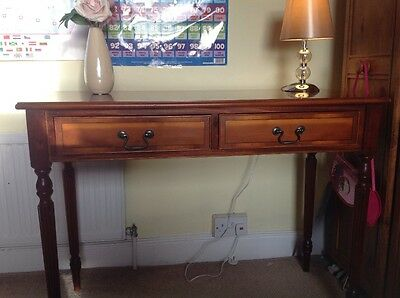 ATTRACTIVE ANTIQUE VICTORIAN MAHOGANY 2 DRAWER OCCASIONAL SIDE HALL TABLE DESK