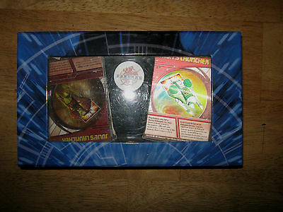 COLLECTIBLE CARDS -BAKUGAN BATTLE BRAWLERS CARDS + CASE // LOT OF 28 CARDS