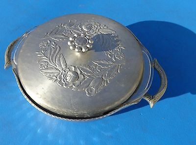Covered Casserole Dish Flower Pattern Everlast Hammered Aluminum
