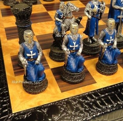 MEDIEVAL TIMES CRUSADES WARRIOR RED & BLUE CHESS SET FAUX ALLIGATOR BOARD