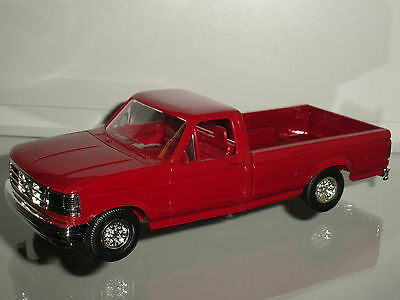 1/25 1994 FORD F-150 XLT LONG BED PICK UP CRIMSON RED PROMO BY ERTL/AMT-3