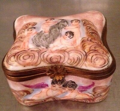Antique Capodimonte Hand Painted Porcelain Snuff Box Trinket Box Signed N