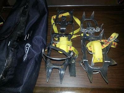 Grivel mountaineering crampons with Cassin case
