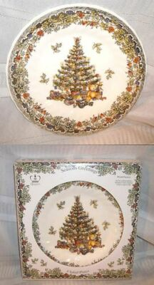 QUEENS MYOTT Salad Plates Seasons Greetings CHRISTMAS TREE Holly-Box Lot of 4