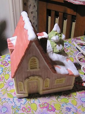 "Ceramic Lighted House for Christmas Village (Plays ""There is No Place Like Home"""