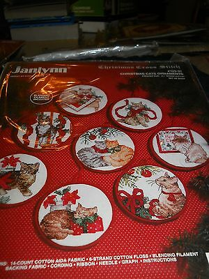 """Janlynn set of 8 Christmas ornaments for counted cross stitch """"Christmas Cats"""""""