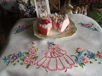 "Large Vintage Shabby Chic Embroidered Crinoline Lady Tray Cloth 16""x22.5"""