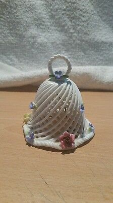 """nice white bell with roses around 3"""""""