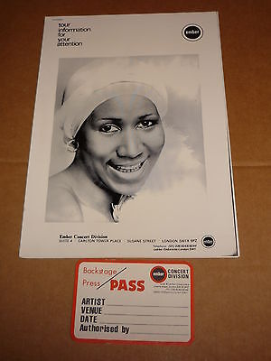 Aretha Franklin 1977 UK Tour Manual  + Unused Back Stage Pass
