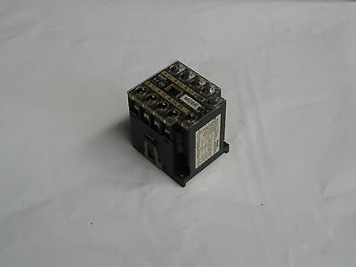Fuji Electric Magnetic Contactor, SJ-0G, SJ-OG (AUX 1b), No Base, Used, Warranty