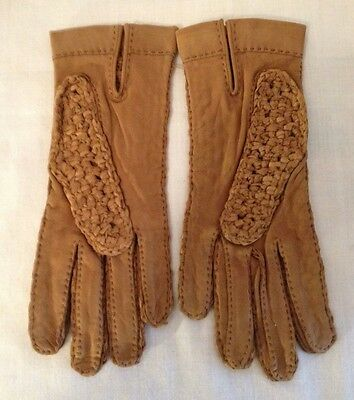 Pair of Vintage Caramel Basket-Weave Wrist Length Leather Gloves. Fabulous!