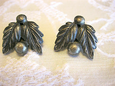 ADORABLE PAIR SET OF LITTLE DRESS OR SHOE CLIPS LEAF AND BERRY BRASS HARDWARE