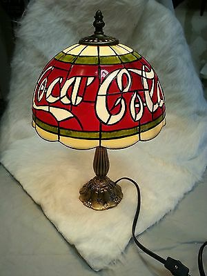 COCA COLA SIMULATED STAINED GLASS STYLED ACCENT LAMP LIGHTING MINT FREE SHIPPING