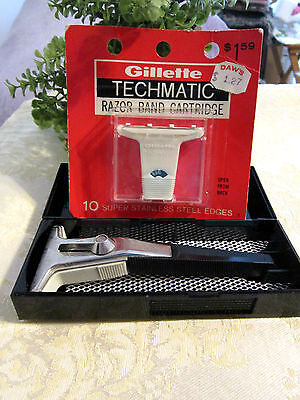 """VINTAGE GILLETTE """"TECHMATIC"""" SAFETY RAZOR - IN BOX - (1) PACK BLADES-MADE IN USA"""