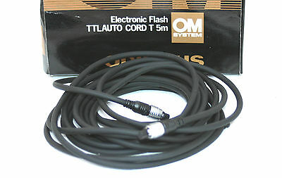 OLYMPUS ELECTRONIC TTL AUTO FLASH CORD T.  5 meters with packaging.