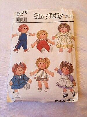 """Vintage 1988 Simplicity Pattern 8838 DOLL CLOTHES For 16 & 18"""" Soft Sculpture"""