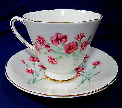 Old Royal Bone China Teacup and Saucer Red Pink Flowers England Tea Cup