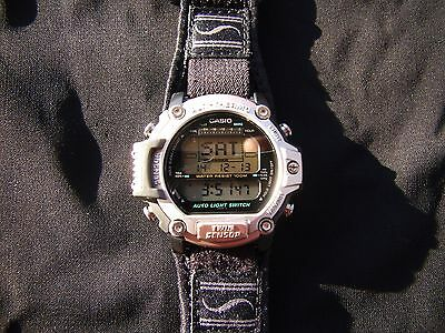 VINTAGE CASIO ALTI-THERMO TWIN SENSOR PATHFINDER MENS WATCH WITH USERS GUIDE