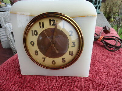 VINTAGE GENERAL ELECTRIC ART DECO ONYX CLOCK MODEL 3H156