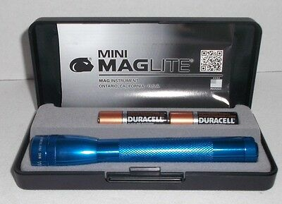"New MAGLITE Mini Maglite 2 AA Flashlight 5 5/8"" Blue Aluminum with Case"