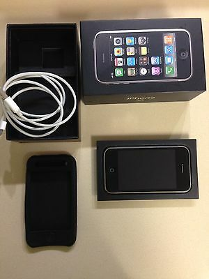 Apple iPhone 3G (A1241) 8GB Unlocked