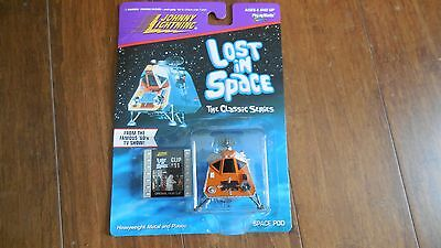Johnny Lightning Lost in Space The Classic Series Space Pod with Film Clip # 11