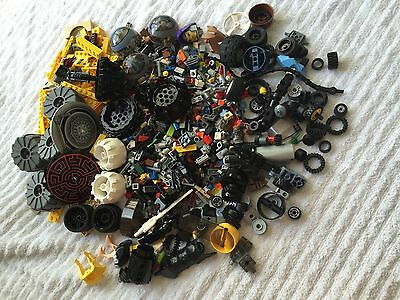 LEGO, Lot of 200+ pieces of various kinds, for boys & girls or adults
