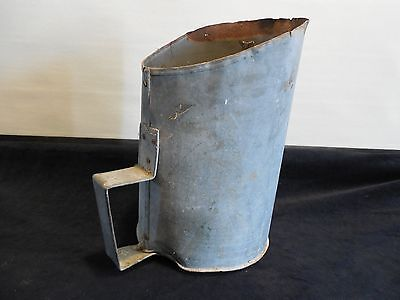 Lg. rural Maine Grain Feed scoop farm barn animal agricultural collectible 12""