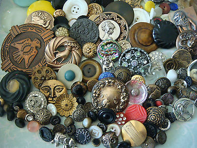 Lot of 160 Antique Vintage Brass Glass Victorian MOP Plastic Celluloid Buttons