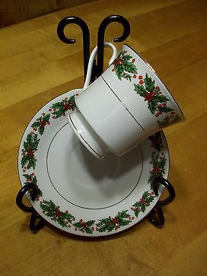 """TRULY TASTEFUL FINE CHINA """"HOLLY"""" HOLIDAY CUP & SAUCER SET - BEAUTIFUL DETAILING"""