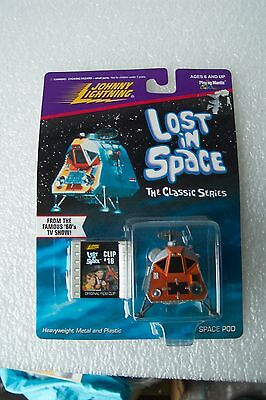 Johnny Lightning Lost In Space Space Pod and Clip #18 of The Famous 60's TV Show
