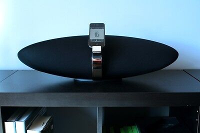 Bowers and Wilkins Zeppelin Air Airplay speaker - 100% Mint Condition