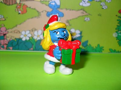 Vintage Christmas SMURFETTE with Short Coat 1982 PEYO # 20208 SCHLEICH Gift
