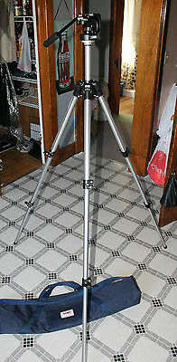 Very Nice Bogen Manfrotto 3126 Fluid Tripod Head with 3011 Base - plus OEM Case