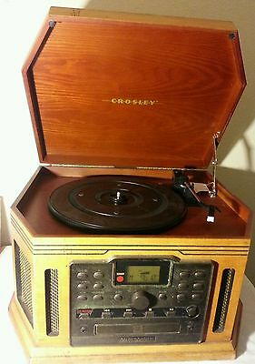 Crosley CR248 CD Player/Recorder AM/FM Stereo Cassette Player Record Turntable