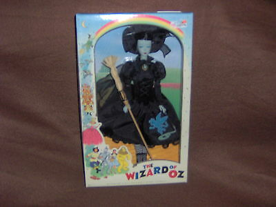 WICKED WITCH BARBIE DOLL WIZARD OF OZ WITH RETRO FACE PINK LABEL 2010 NRFB !