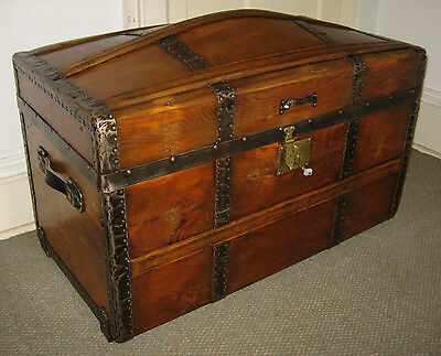 ANTIQUE STEAMER TRUNK VINTAGE VICTORIAN DOME TOP RUSTIC STAGECOACH CHEST C-1870