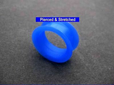 ONE 24mm Blue DOUBLE Flared Silicone TUNNEL - Tunnels & Plugs