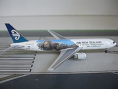 Air New Zealand Boeing 767-319ER ZK-NCG TLOR 1/400 diecast Dragon Wings