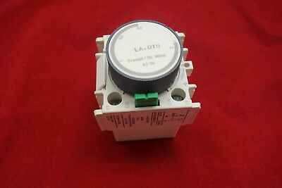1PC LA2-DT0 ON Delay timer 0.1-3S use to LC1-D AC Contactor