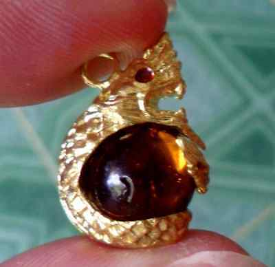 """Antiques  real """"NaGa Eye"""" Gem Amulet of the city under water"""
