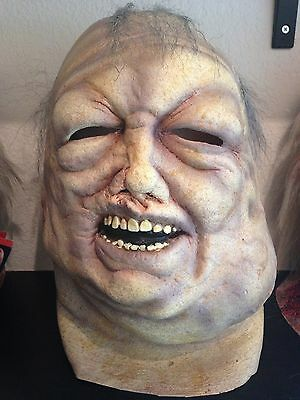 Officially Licensed The Walking Dead: Well Walker Mask