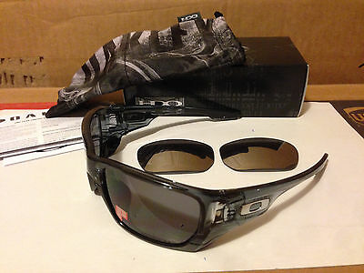 0577ecd1b2 ... buy new oakley style switch af crystal black grey polarized chrome  iridium oo9216 06 07b85 45749