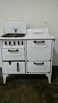 Magic Chef Vintage Gas Stove 1920's or 1930's?