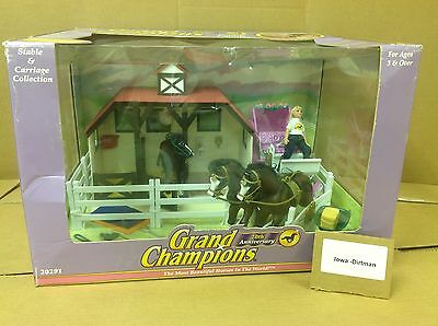 Grand Champions horse Stable & Carriage Collection 20291New With Box vintage