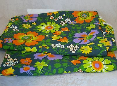 FRENCH UNUSED VINTAGE RETRO FLORAL FABRIC 2 GOOD SIZE REMNANTS GREAT QUALITY